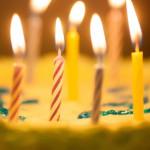 うるう年(閏年)とは?誕生日は4年に1回?いつ年をとる?