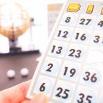 忘年会で大人数でやれる簡単ゲーム7選!人気の景品はコレ!