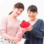 50代向けの母の日のプレゼントランキング!花以外で喜ぶものは何?