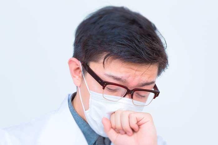 メガネが曇らないマスクの付け方はある曇り止めグッズや対策法はコレ