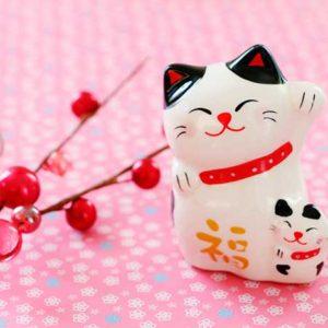 陶器の招き猫