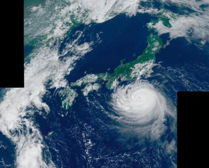 台風の目とは?